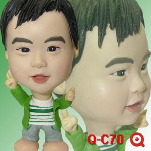 Q-C70-綠小弟公仔